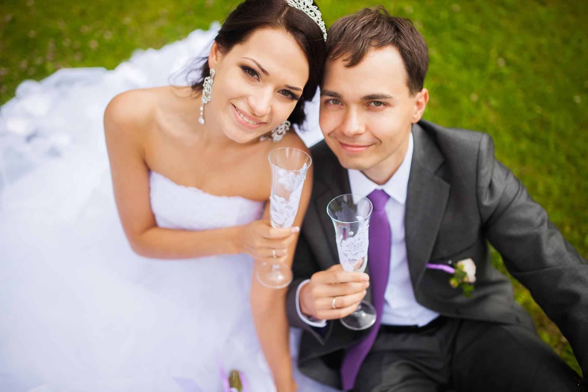 Венчание в церкви говорит семейным парам о крепости их союза, соединённого не только земными, но и духовными узами.